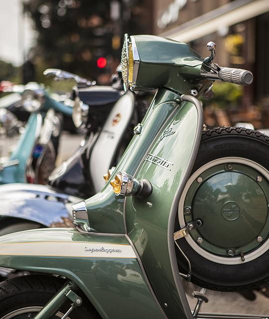 Vielle moto pour organiser un rallye vintage pour son entreprise